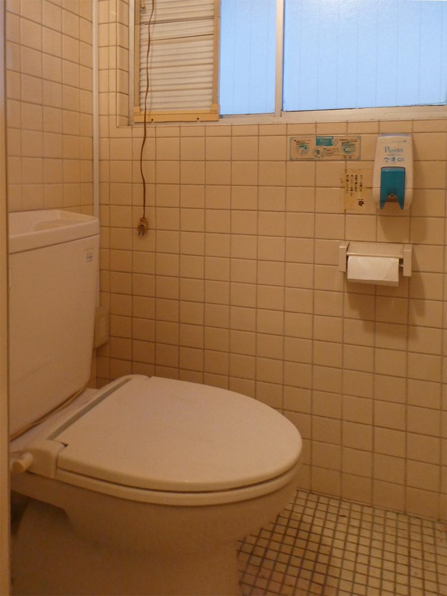 トイレ個室