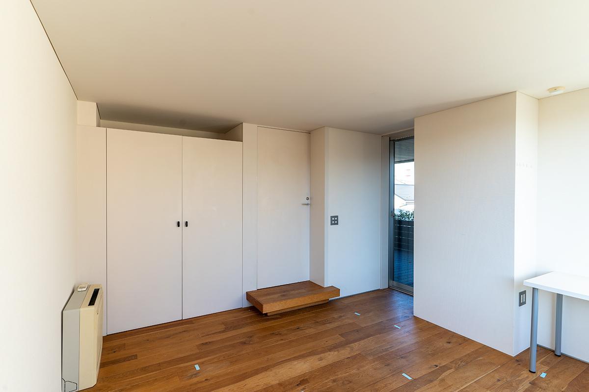 約8.5畳の寝室