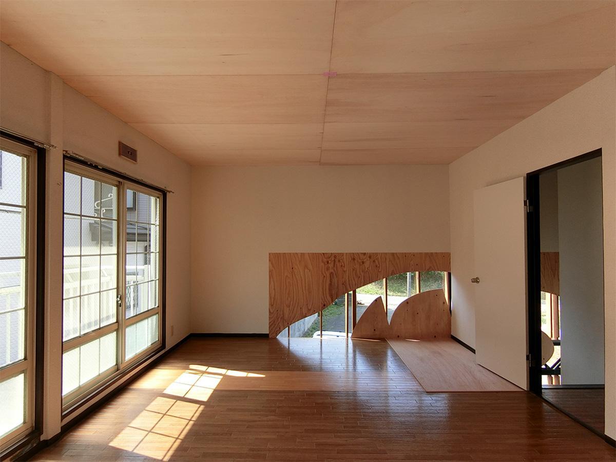 共用棟の2階。こちらは用途が決まっていないので、入居者どうしで使い方を決める