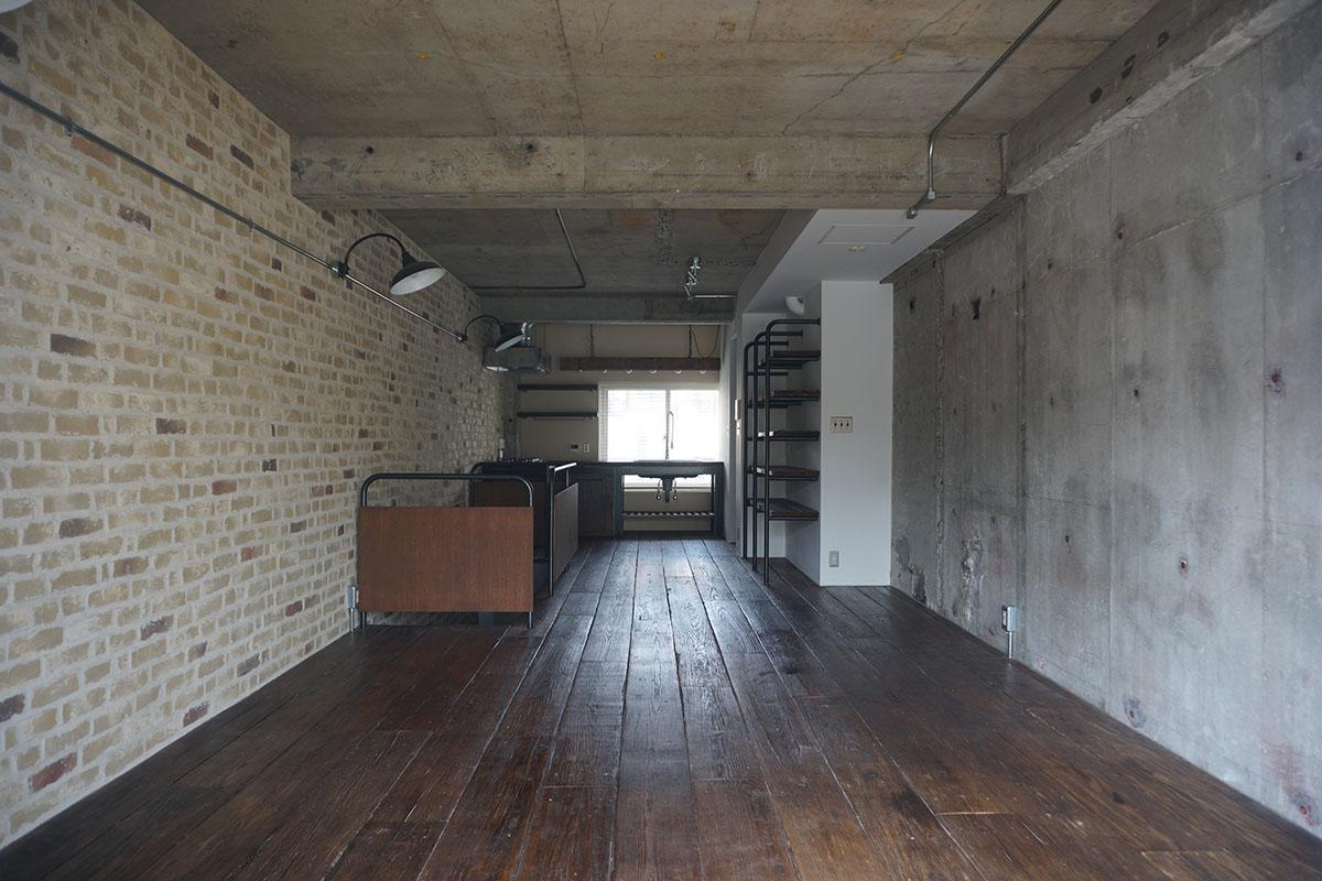 天井高は2.6m。壁がしっかりあるので家具の配置がしやすい