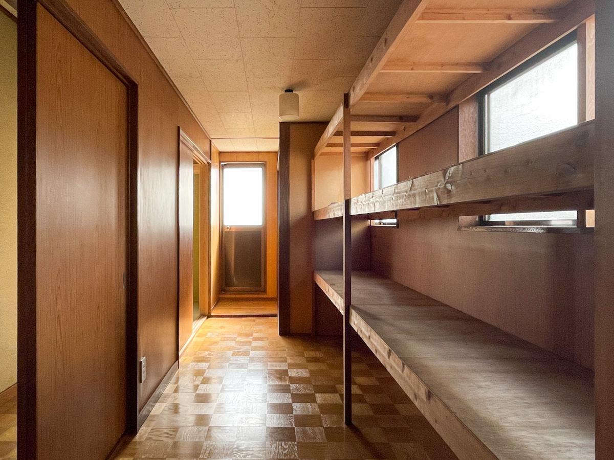 2階の収納スペース