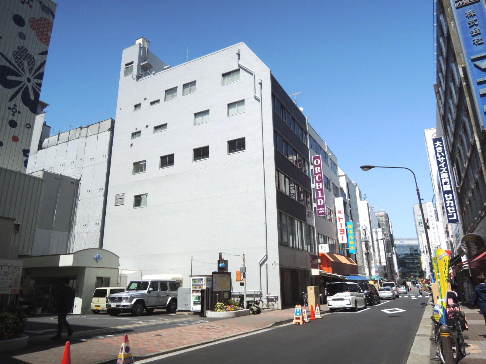シンプルがうれしいリノベオフィス (中央区日本橋横山町の物件) - 東京R不動産