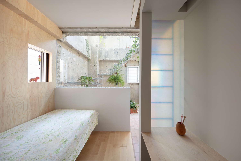 2階 北側の寝室