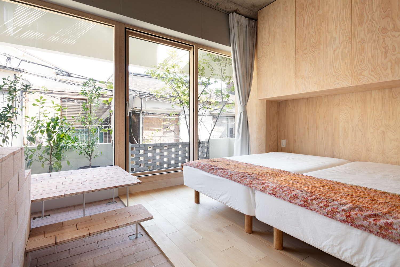 2階 南側の寝室