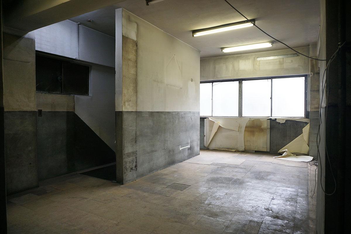 3階:2階もほぼ同じ形。2階の天井高は2.4m、3階〜5階は2.8m程度