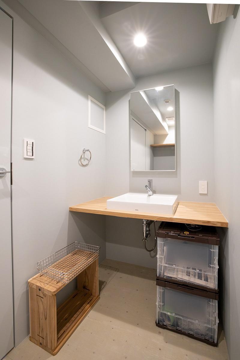 洗面台もシンプルに仕上げてあるので、ここからさらに仕上げていくことも可能です