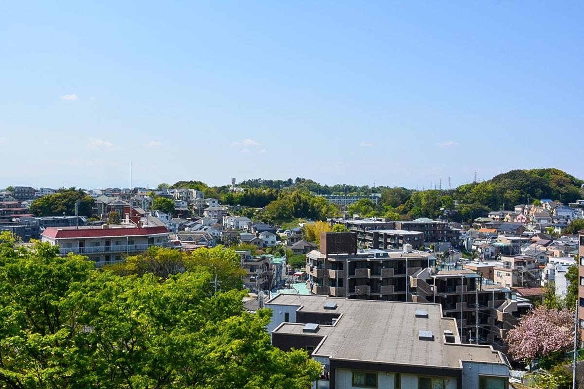 高台にあるので、北側にはこんな見晴らしも