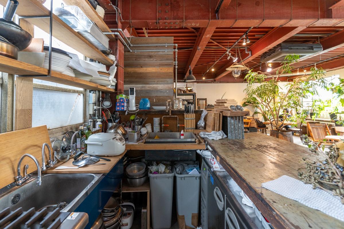 厨房設備、一式揃っています