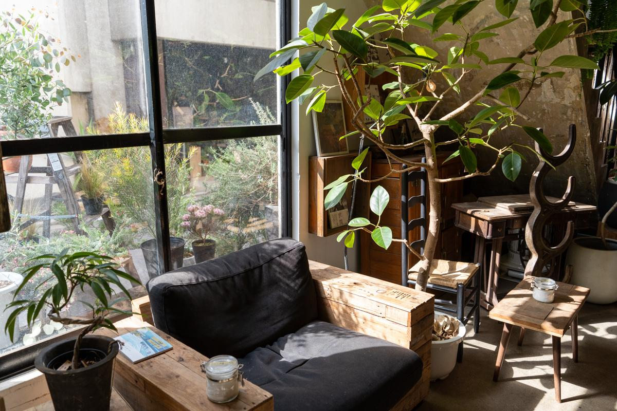 1階のカフェの雰囲気