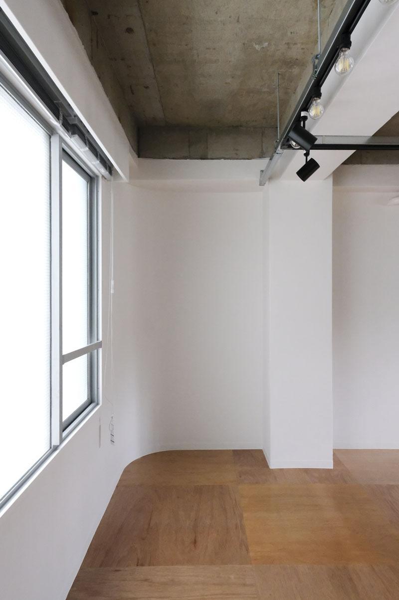 2階:アールの壁が柔らかい印象を出している