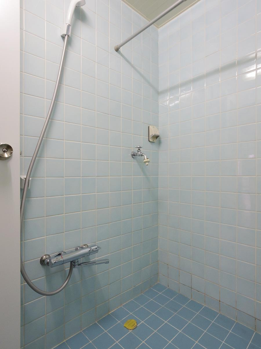 洗濯機置き場が浴室内