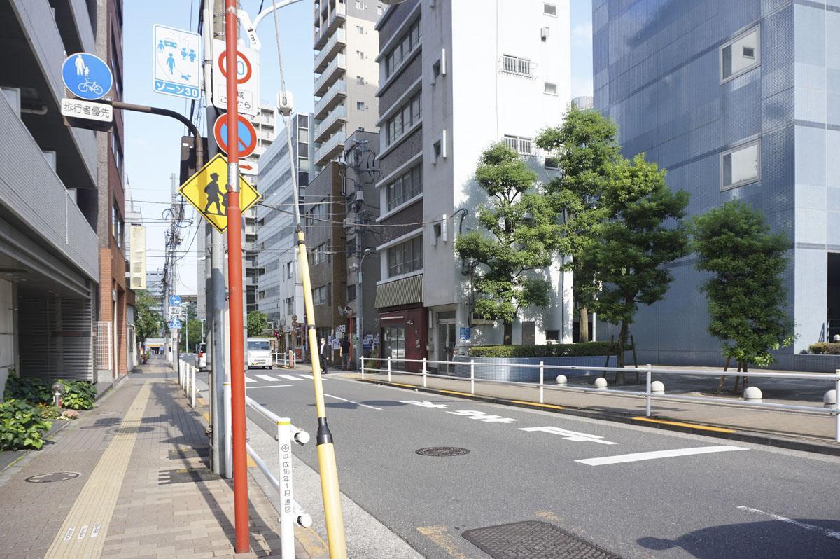 第一京浜から見た建物