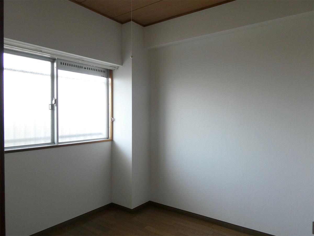9階北側4.5畳洋室
