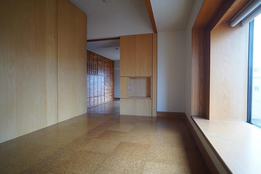 LDKと寝室部分はカーテンで仕切ることが可能