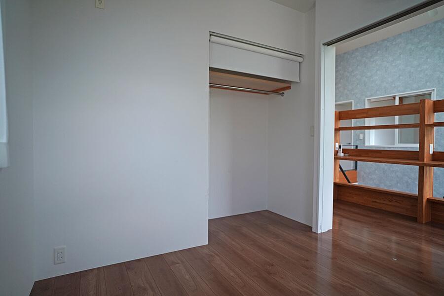 約4.25畳の洋室
