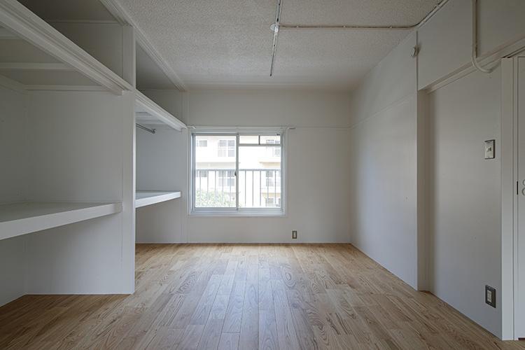 2-3階の部屋は押入の名残のある収納