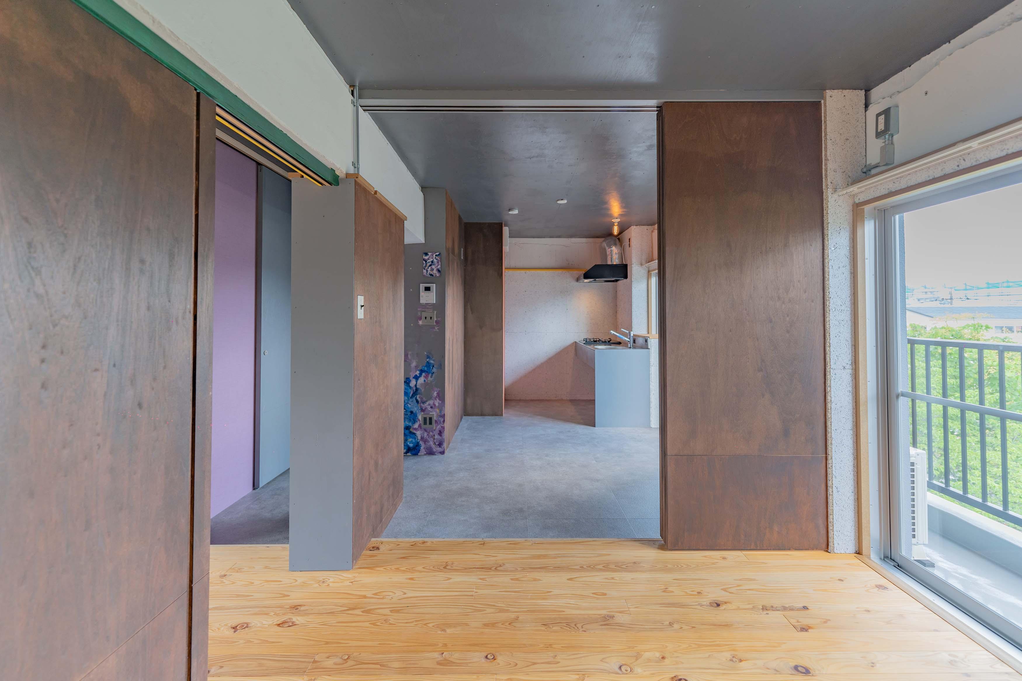4.7畳の洋室。リビングとして使うのが良さそう