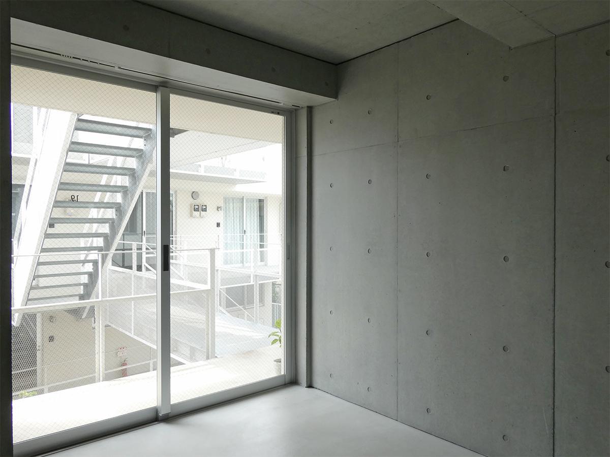 B棟3階19号室:北側洋室。この部分は土間仕上げ