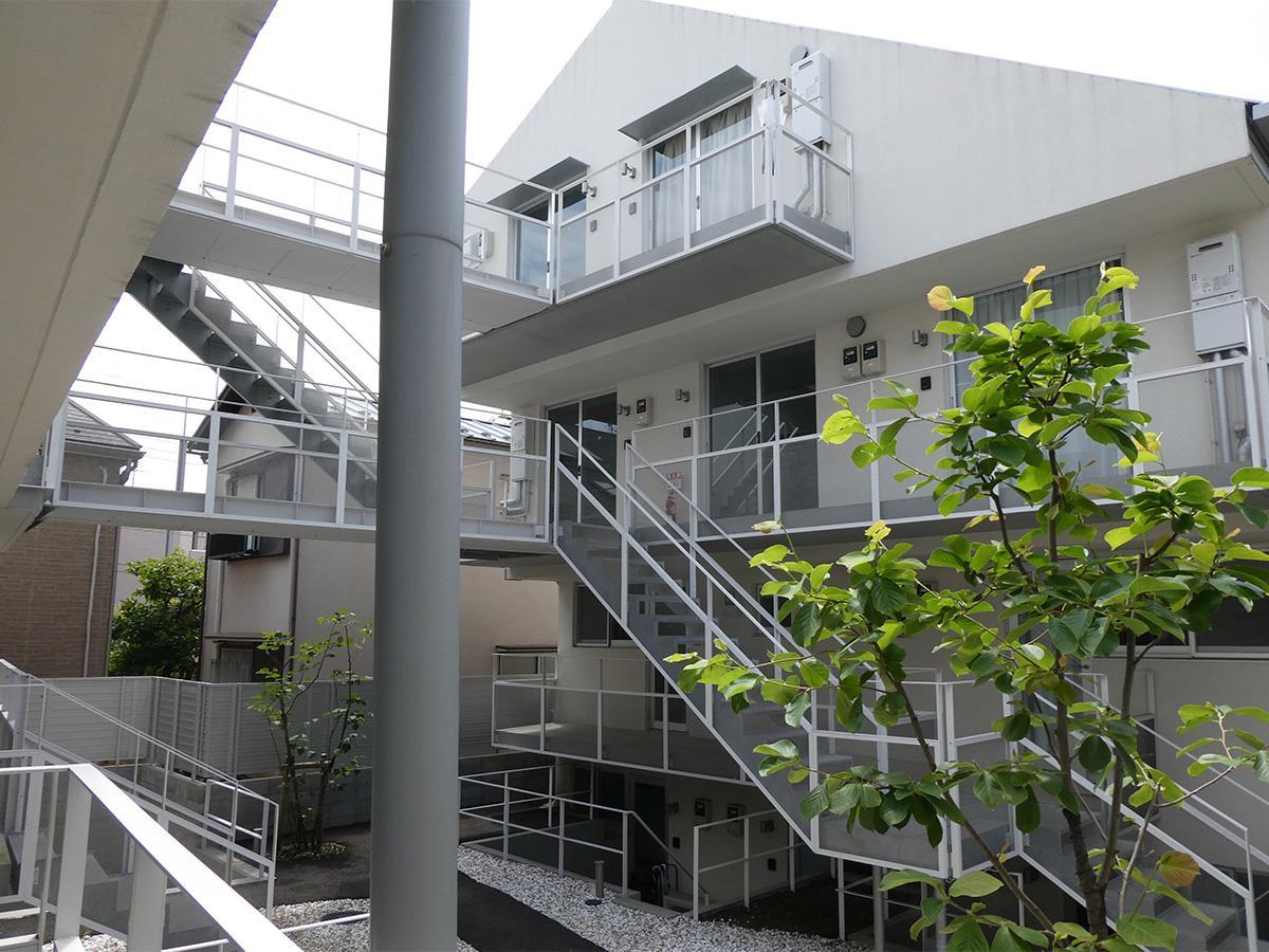階段や渡り廊下がかっこいい共用部