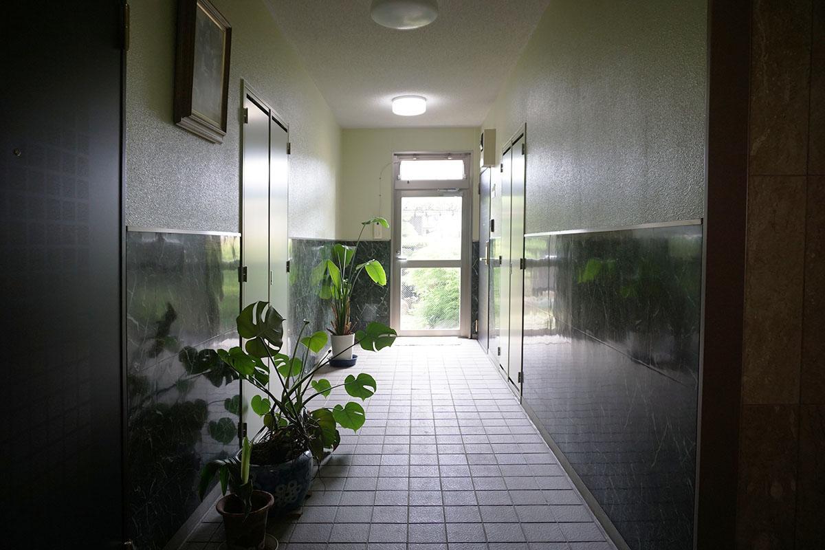 マンション共用廊下