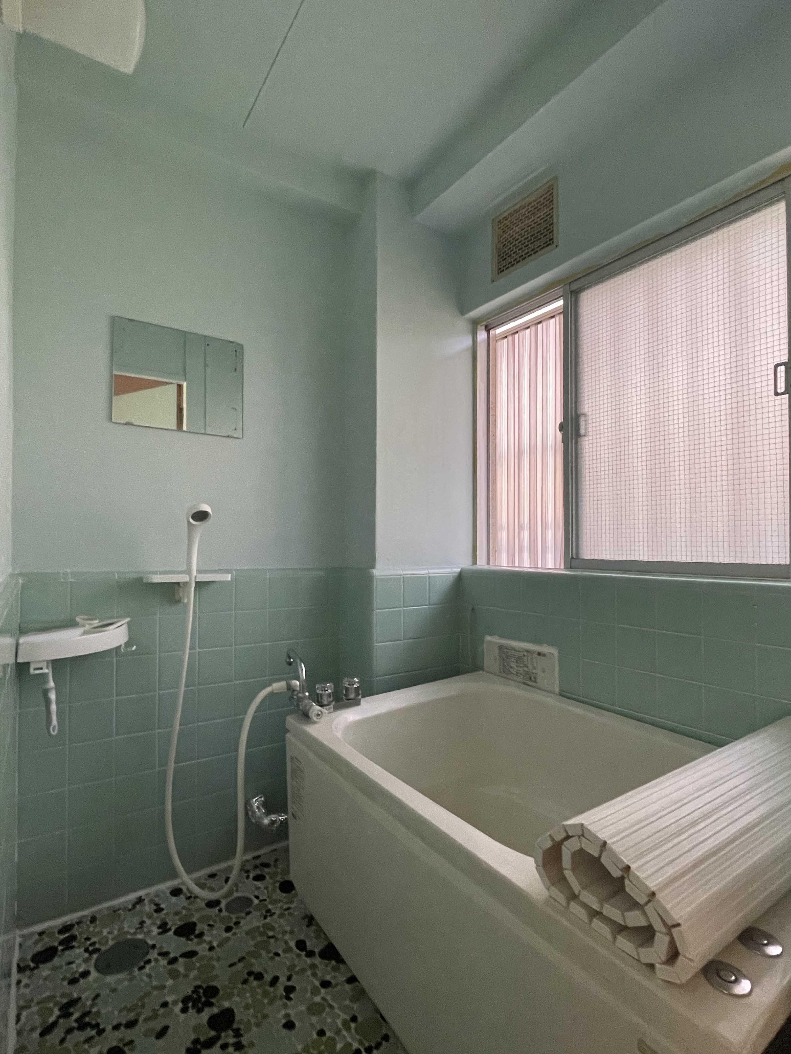 205号室:浴室