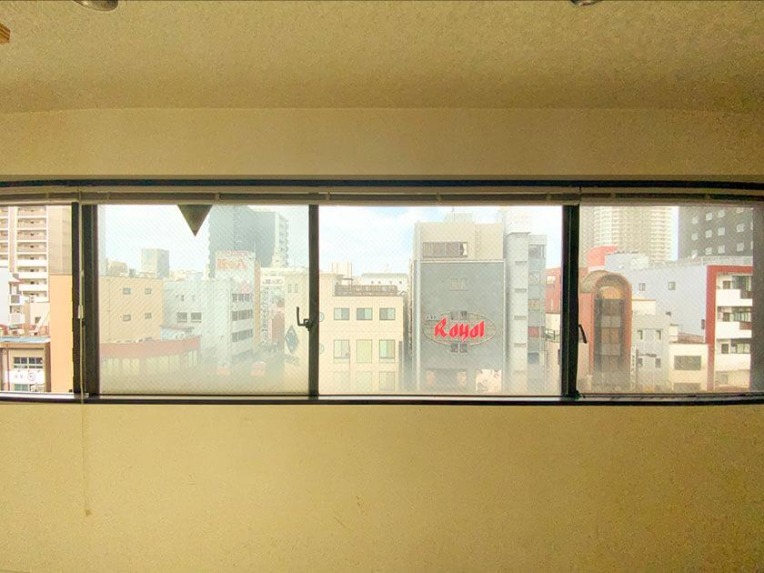 眺望は、浅草のビル街