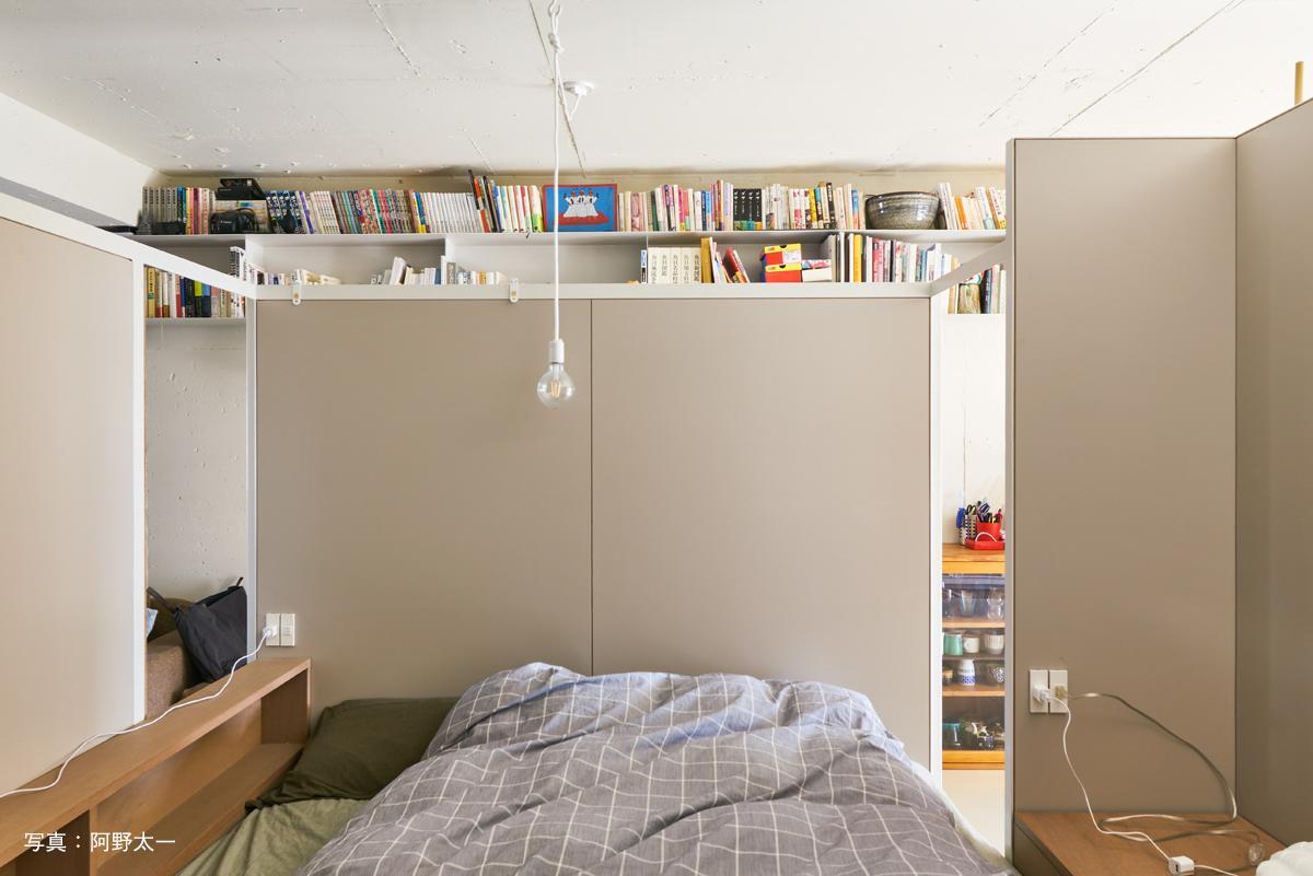 寝室とリビングの間にも入口があります