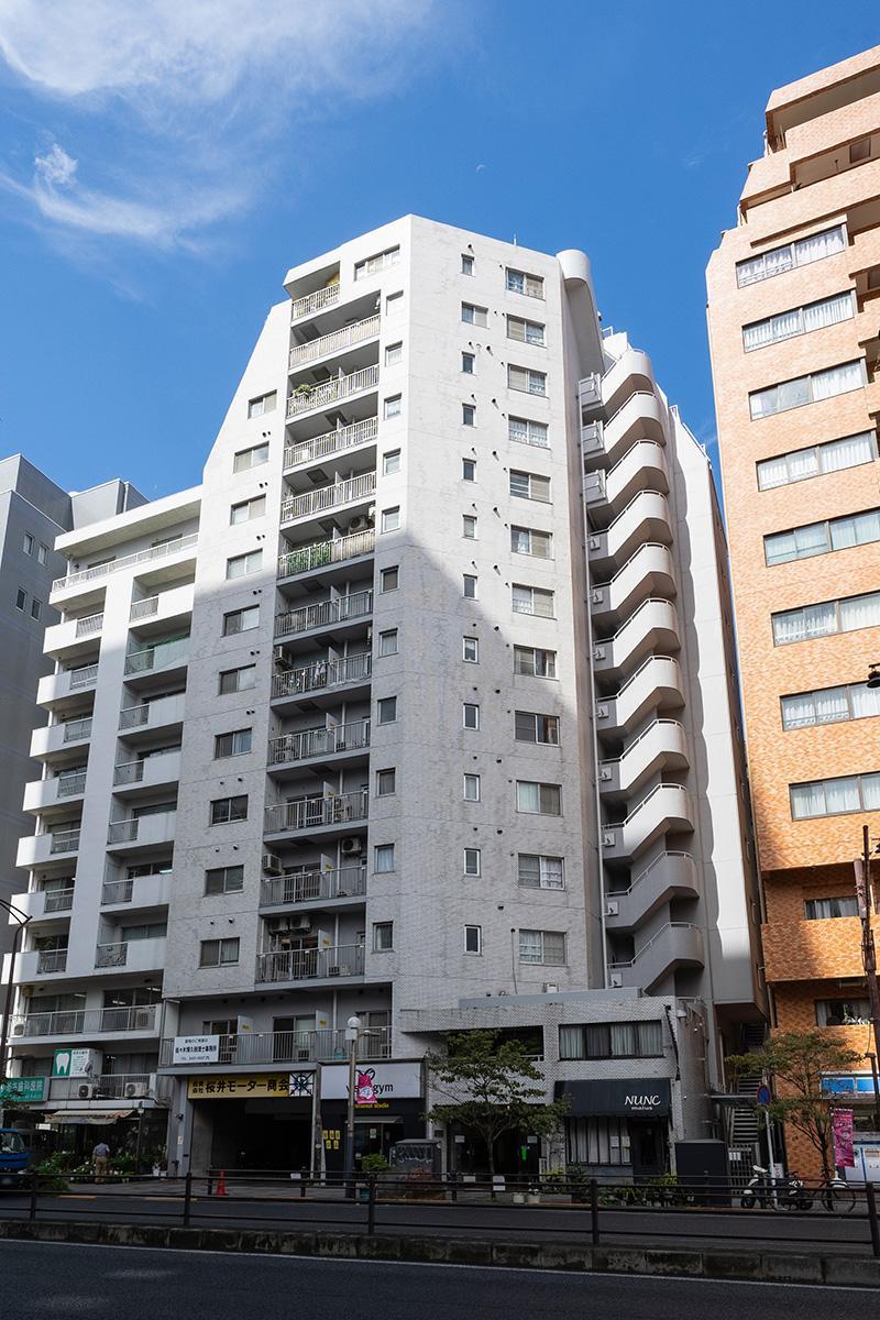 三田通り沿いのマンションです