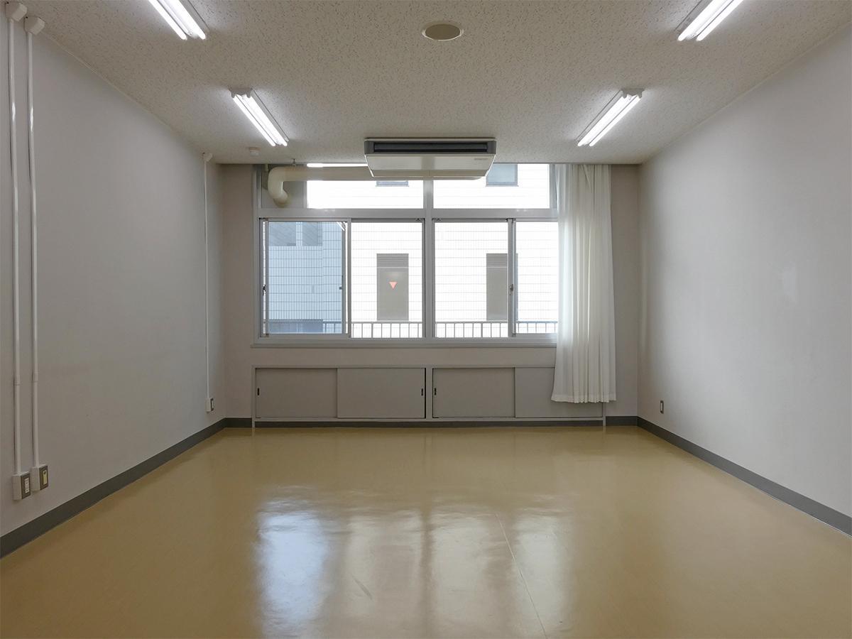 31.5㎡の区画:どこか教室のような雰囲気。機材などはしっかり入りそう