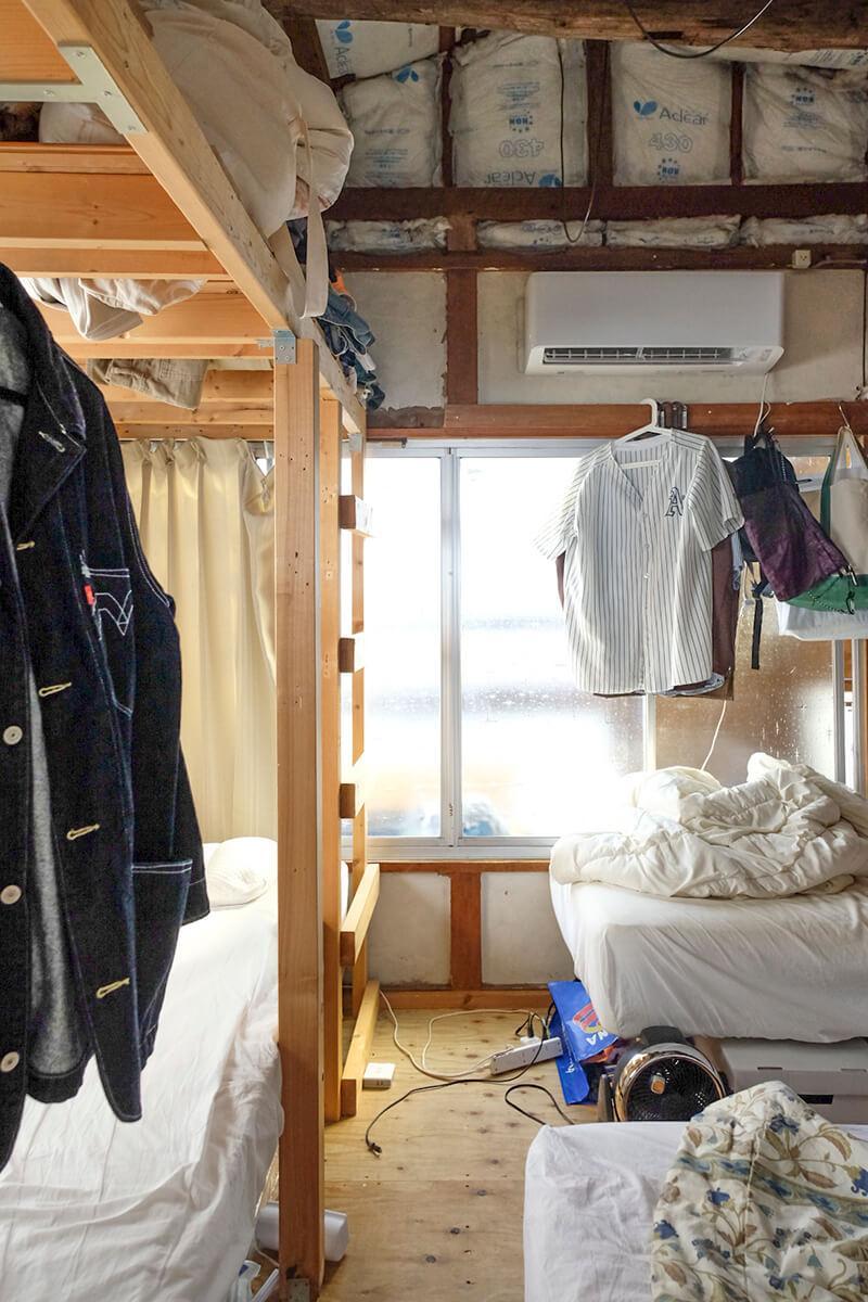 2階:奥の部屋