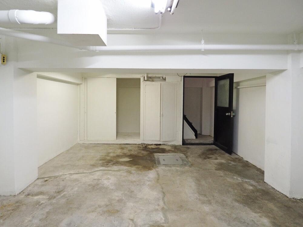 こちらは地下室