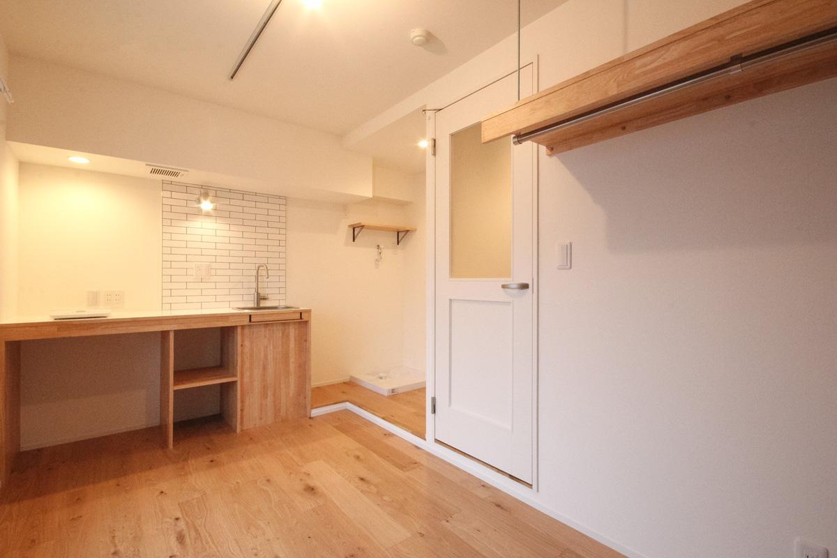 キッチン横はワークスペースとしても機能します
