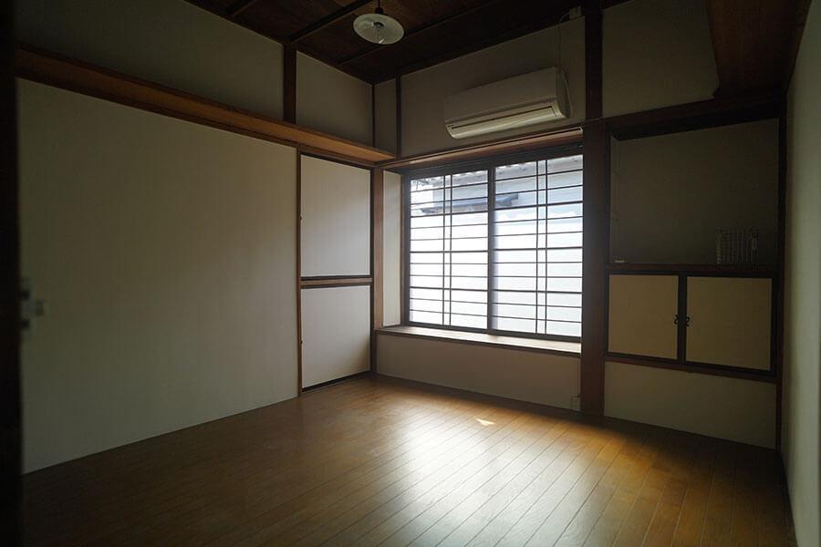 2階の個室唯一の洋室