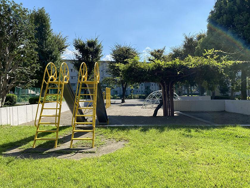 敷地内は、公園が豊富