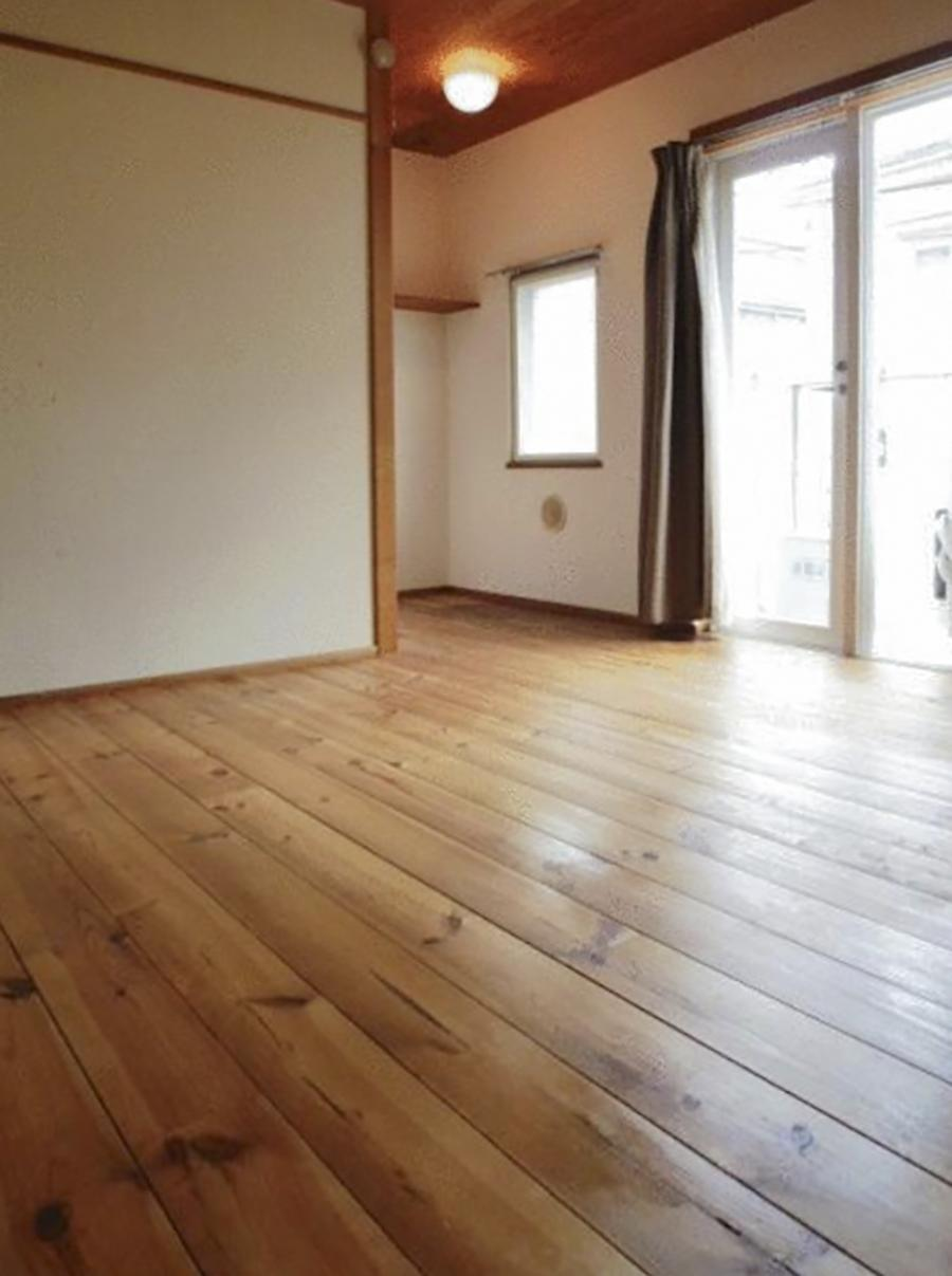 【今回の区画写真】無垢材の床(写真は前回募集時のもの)
