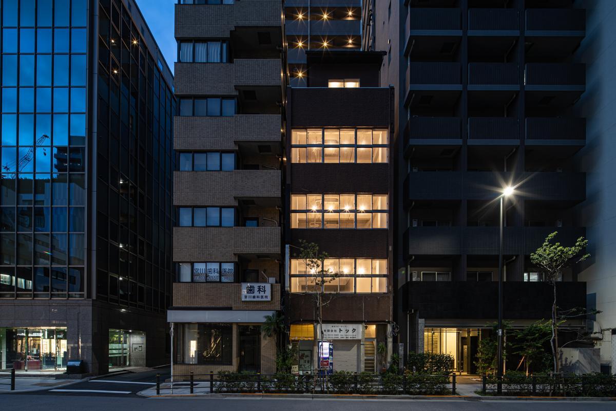 2階〜5階までがこの度リノベーションされました(写真©Akira Nakamura)