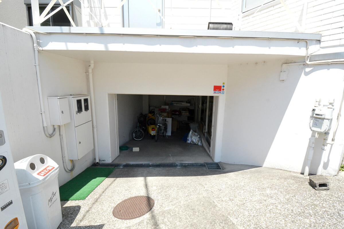 斜面部分に駐車が可能