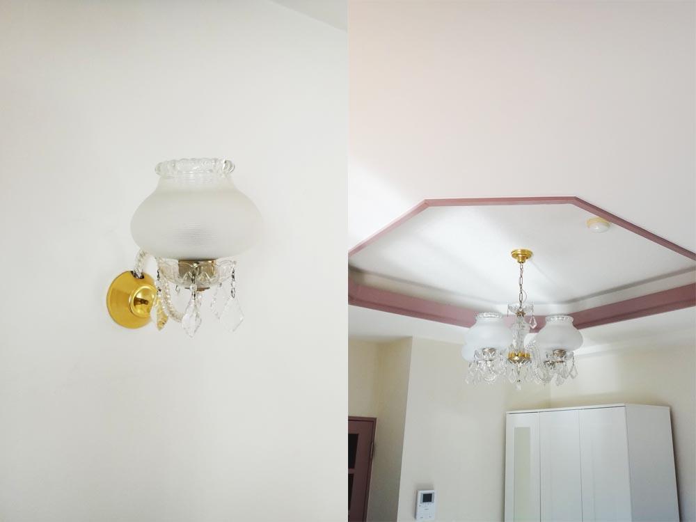 シャンデリアや天井の装飾も外国っぽくて元町らしい。