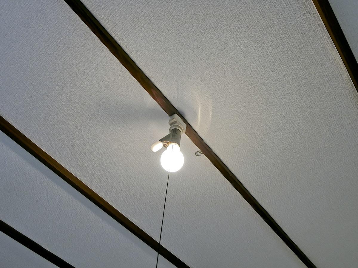 2階:西部屋の天井が個人的には一番好き