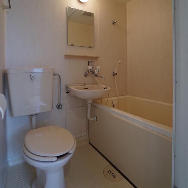 バス・洗面所・トイレは同室