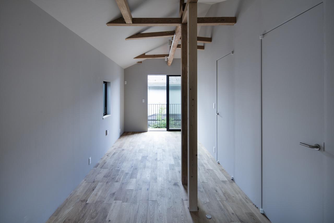 Room2・3は現状間仕切らず、一続きの1室となっています