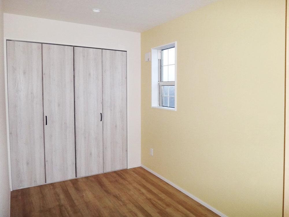 3.2畳の部屋。収納はしっかりあります。