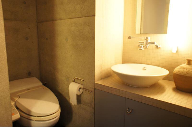 1階トイレ トイレは3階にもあります