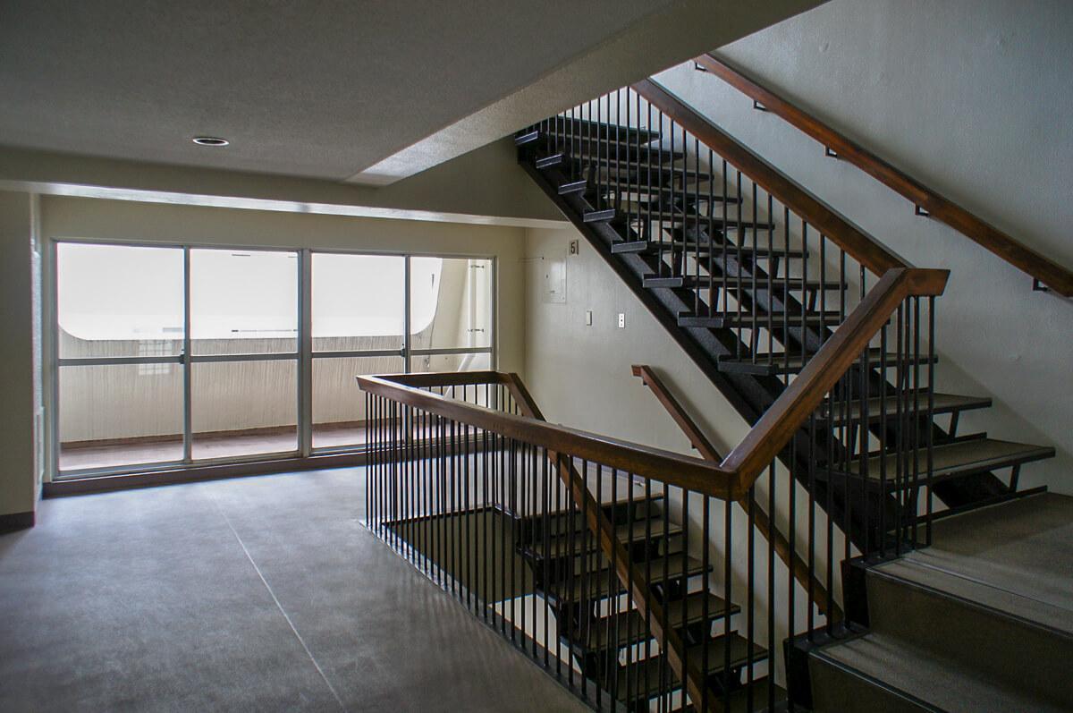 廊下や階段部分が広くとられている