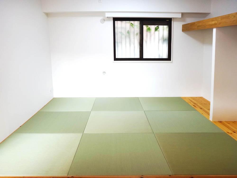和室はリビングとフラットにつながります。