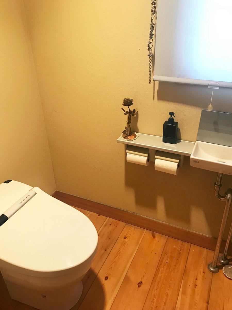 1、2階にそれぞれ手洗器付きのトイレあり