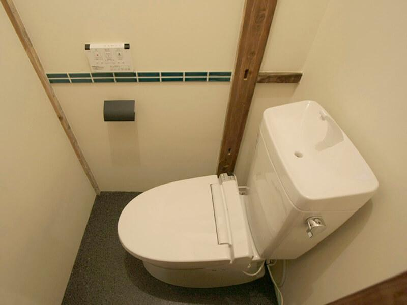トイレは男女別。どちらもきれい