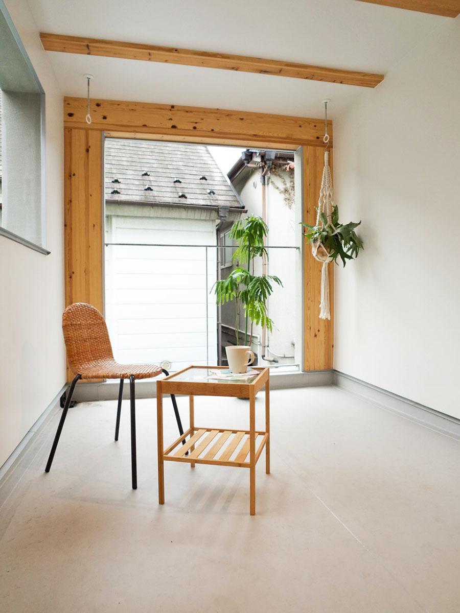 部屋より広いインナーテラス。ちょっとしたイスやテーブルを出して、部屋のような感覚で使えそうです