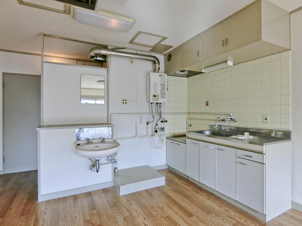 キッチン・洗面台・洗濯機置き場はまとめられています