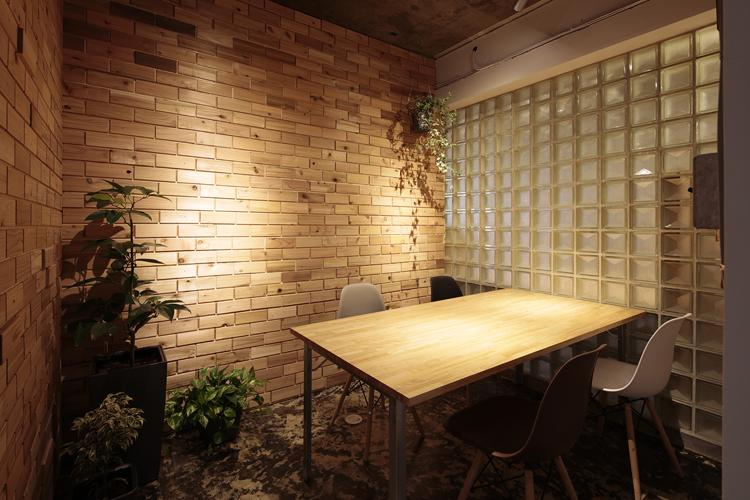 共用会議室(写真:鳥村鋼一)